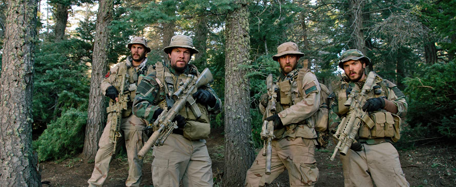 Mark Wahlberg, Ben Foster, Emile Hirsch, and Taylor Kitsch in Lone Survivor (2013)