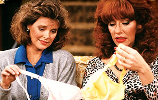 Amanda Bearse and Katey Sagal in Married with Children (1987)