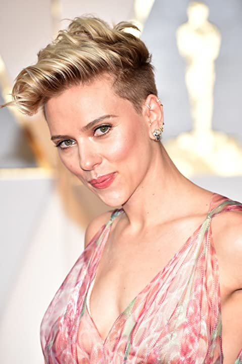 Scarlett Johansson at an event for The 89th Annual Academy Awards (2017)