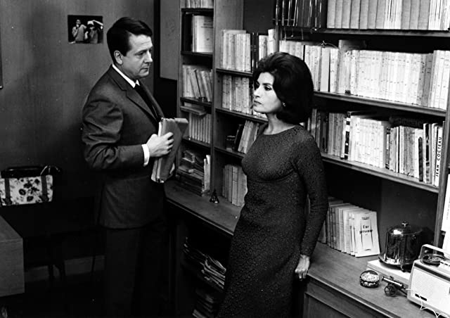 Nelly Benedetti and Jean Desailly in The Soft Skin (1964)