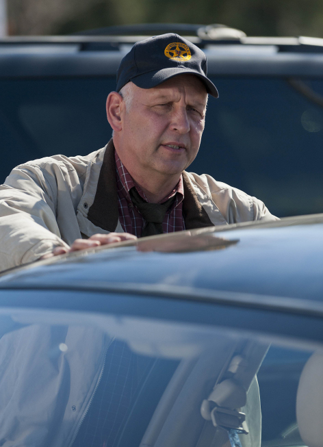Nick Searcy in Justified (2010)