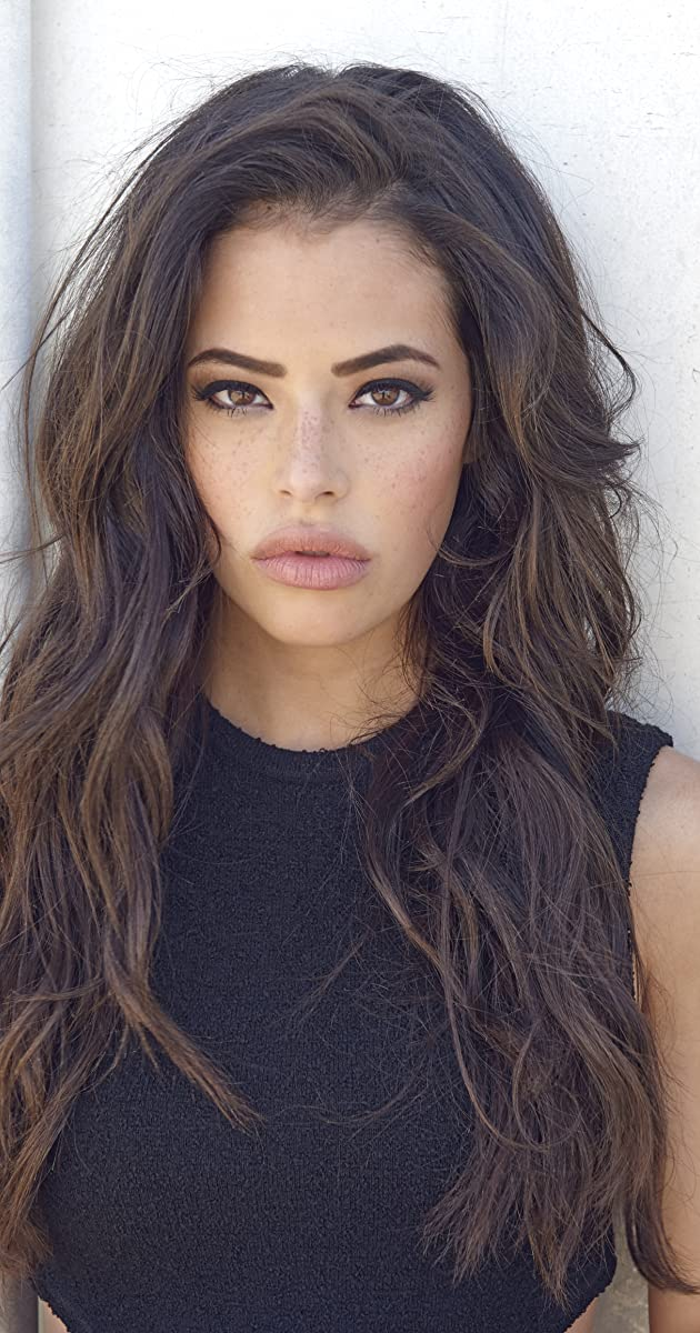 chloe bridges new girl