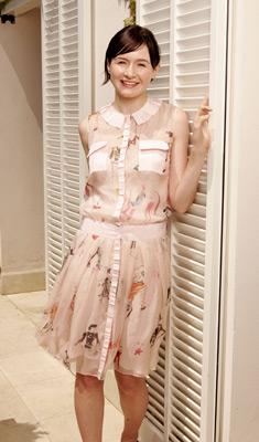 Emily Mortimer at Dear Frankie (2004)