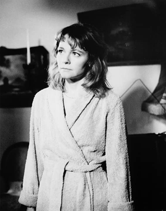 Karen Landry in Patti Rocks (1988)