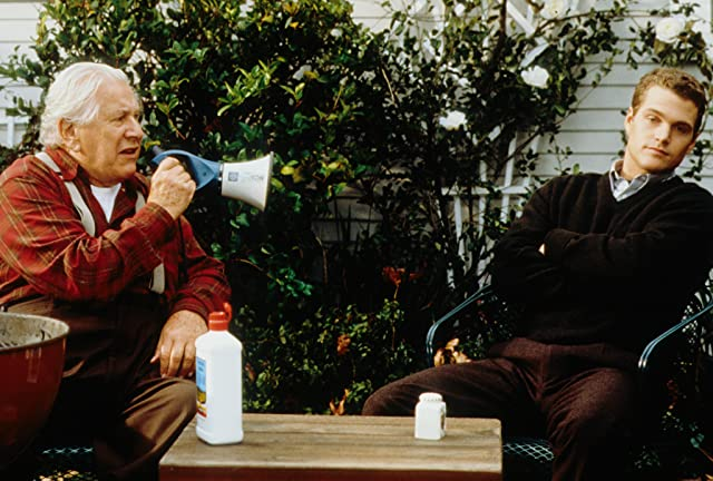 Chris O'Donnell and Peter Ustinov in The Bachelor (1999)