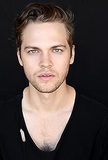 Alexander Calvert New Picture - Celebrity Forum, News, Rumors, Gossip