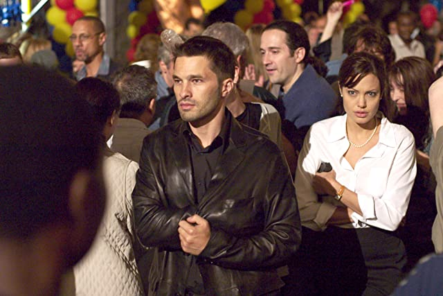 Angelina Jolie and Olivier Martinez in Taking Lives (2004)