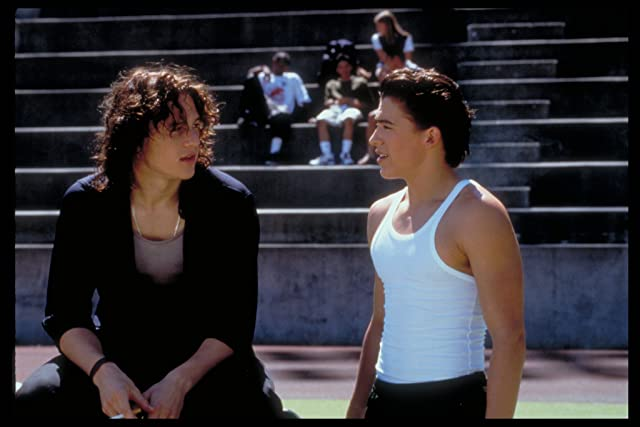 Andrew Keegan and Heath Ledger in 10 Things I Hate About You (1999)