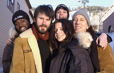 John Fleck, Josh Hamilton, Harold Perrineau, Vanessa Ferlito, and Eric Millegan at an event for On_Line (2002)