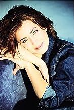 Alanna Ubach's primary photo