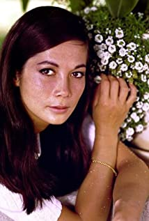 Nancy Kwan Picture