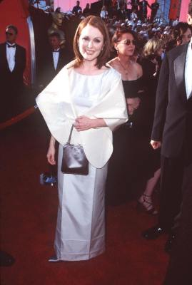 Julianne Moore at The 70th Annual Academy Awards (1998)