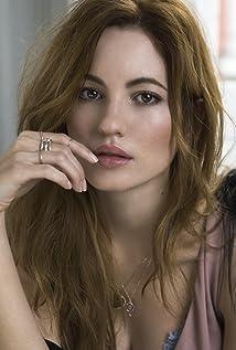 Ivana Baquero Picture