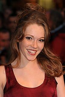Aktori Charlotte Spencer