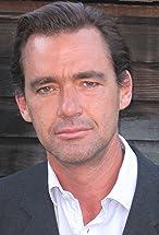 Richard Lintern's primary photo
