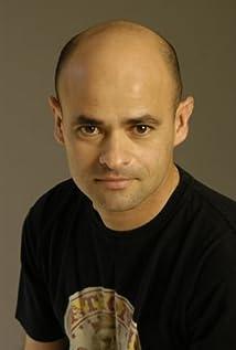 Aktori Hugo Perez