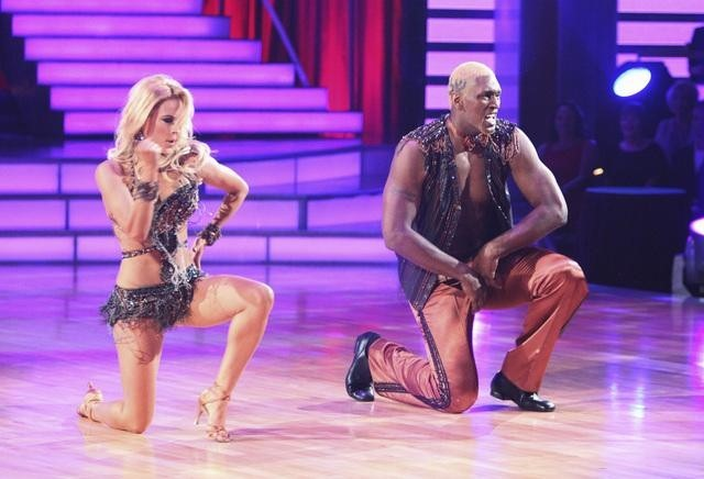 Ron Artest and Peta Murgatroyd in Dancing with the Stars (2005)