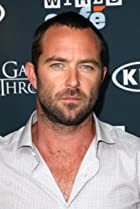 Image of Sullivan Stapleton