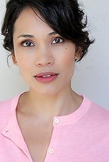 Aktori Jennifer Jalene