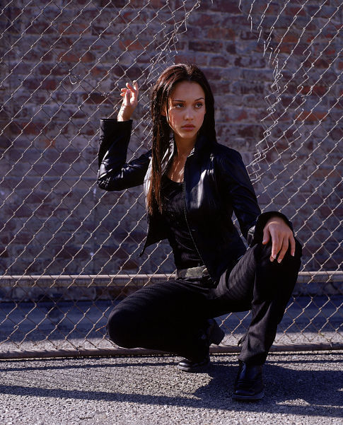 Jessica Alba in Dark Angel (2000)