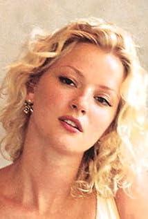 Aktori Gretchen Mol
