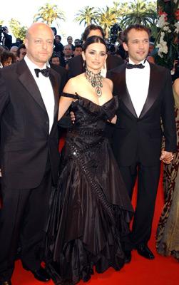 Vincent Perez, Penélope Cruz, and Gérard Krawczyk at Fanfan (2003)