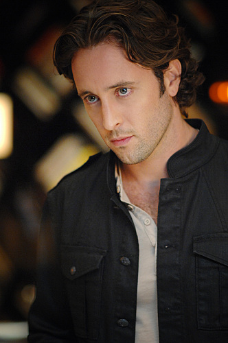 Alex O'Loughlin in Moonlight (2007)