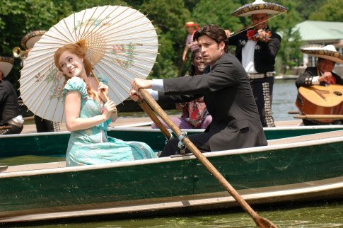 Patrick Dempsey and Amy Adams in Enchanted (2007)