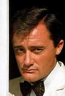 Robert Vaughn Picture