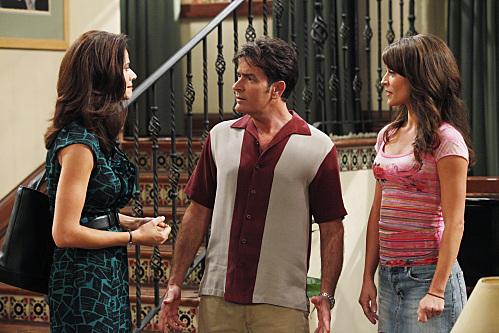 Charlie Sheen, Jennifer Taylor, and Emmanuelle Vaugier in Two and a Half Men (2003)