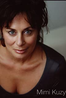 Mimi Kuzyk Picture