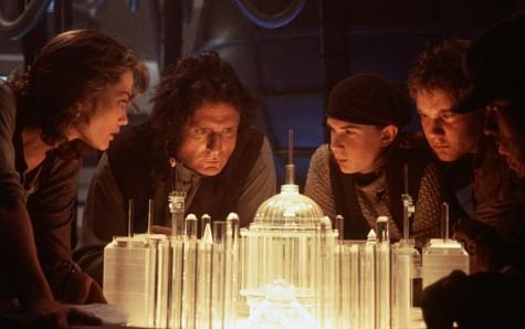 Patrick Bergin in Lawnmower Man 2: Beyond Cyberspace (1996)
