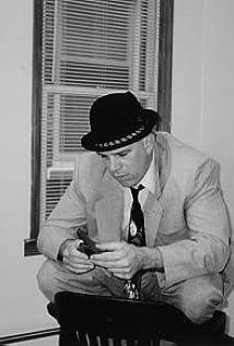Aktori Gene Canfield