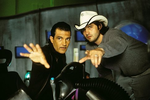 Antonio Banderas and Robert Rodriguez in Spy Kids 2: Island of Lost Dreams (2002)