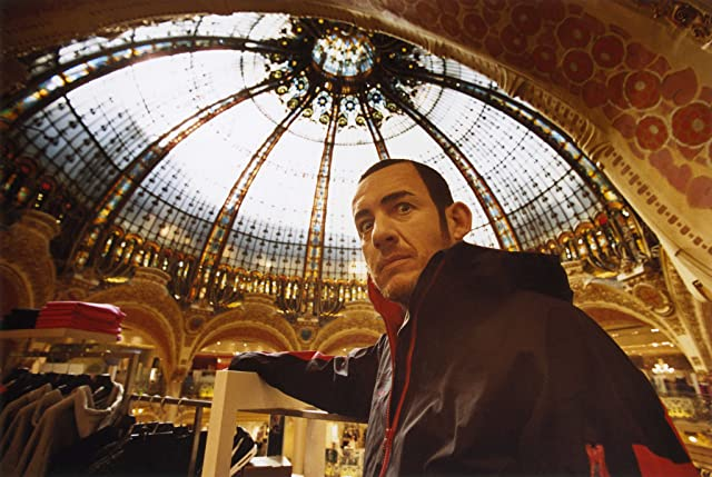 Dany Boon in Micmacs (2009)