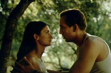 Penélope Cruz and Nic Cage star