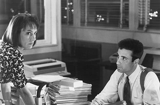 Andy Garcia and Laurie Metcalf in Internal Affairs (1990)