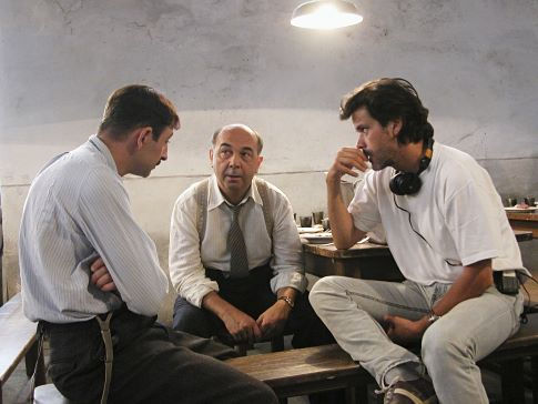Christophe Barratier, Gérard Jugnot, and Kad Merad in The Chorus (2004)