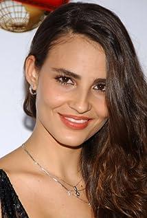 Fernanda Tavares Picture