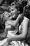 Carrie Fisher to present lifetime SAG Award to Debbie Reynolds