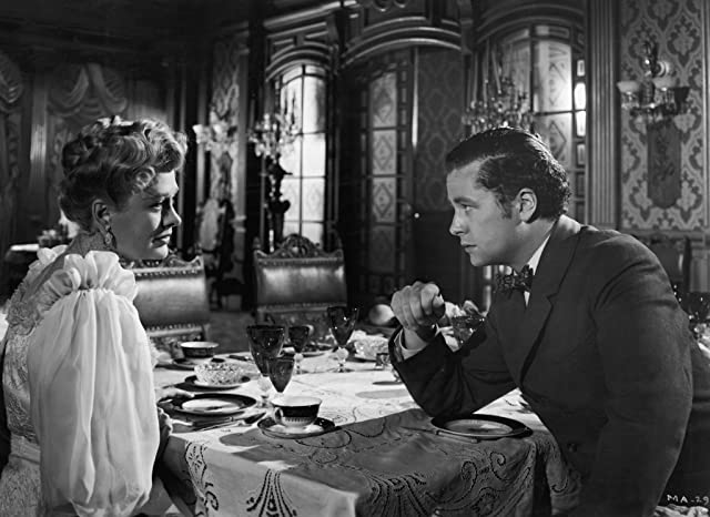 Joseph Cotten and Dolores Costello in The Magnificent Ambersons (1942)