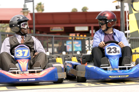 Bernie Mac (l) and Ashton Kutcher star in Columbia Pictures/Regency Enterprises' new comedy Guess Who.