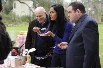 Padma Lakshmi, Emeril Lagasse, and Tom Colicchio in Top Chef (2006)
