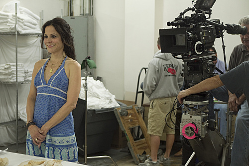 Mary-Louise Parker in Weeds (2005)