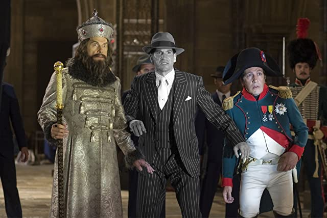 Christopher Guest, Alain Chabat, and Jon Bernthal in Night at the Museum: Battle of the Smithsonian (2009)