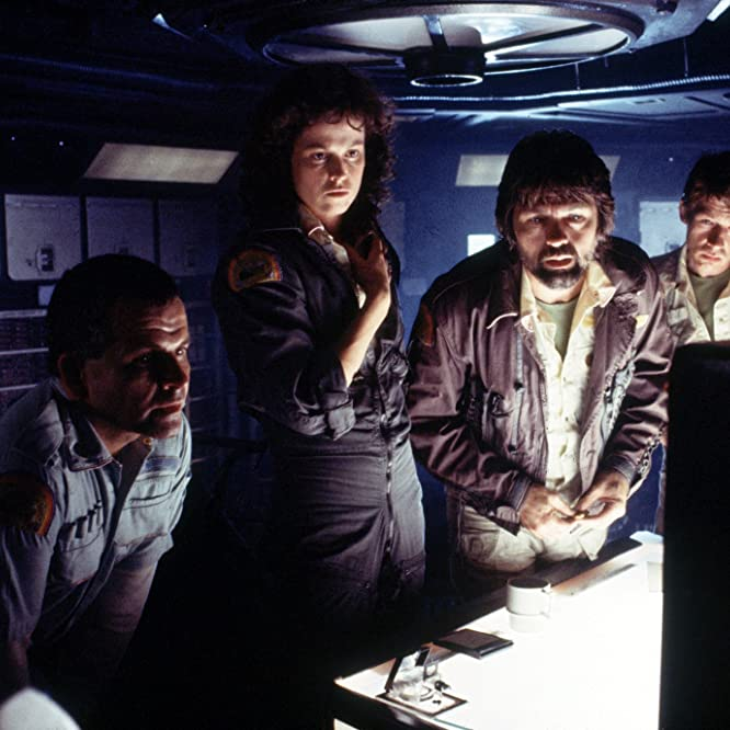 Sigourney Weaver, Ian Holm, John Hurt, and Tom Skerritt in Alien (1979)