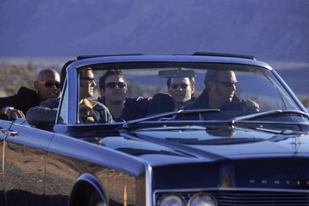 Kevin Costner, Christian Slater, David Arquette, Kurt Russell, and Bokeem Woodbine in 3000 Miles to Graceland (2001)