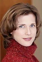 Elizabeth McCallum's primary photo