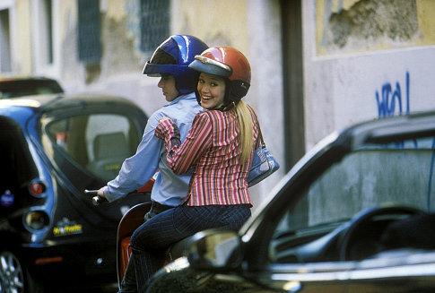 Hilary Duff and Yani Gellman in The Lizzie McGuire Movie (2003)