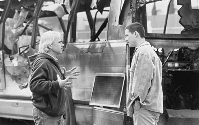 Keanu Reeves and Jan de Bont in Speed (1994)